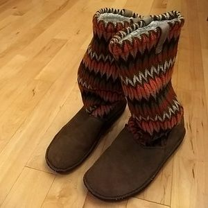 Multi-colored slouchy boots